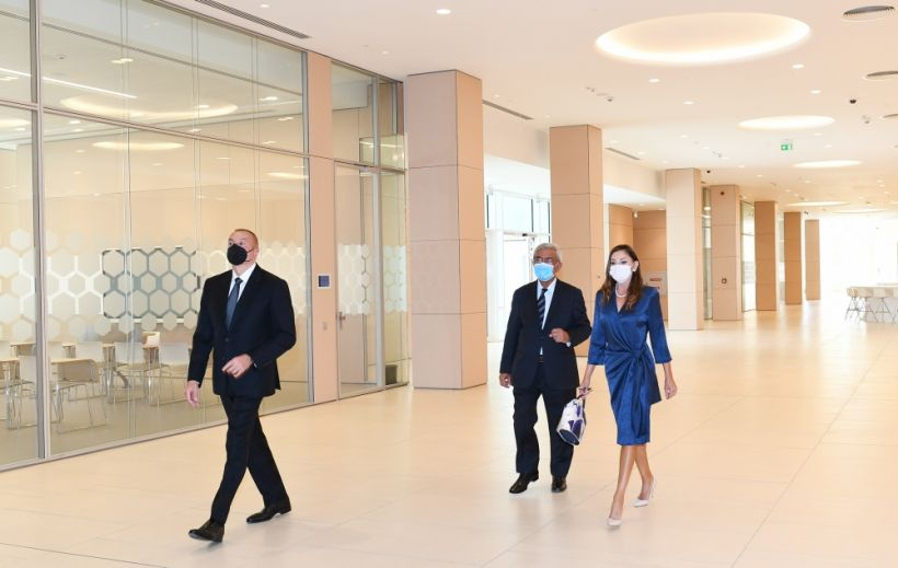 President Ilham Aliyev and first lady Mehriban Aliyeva attended opening of two new blocks of ADA University VIDEO