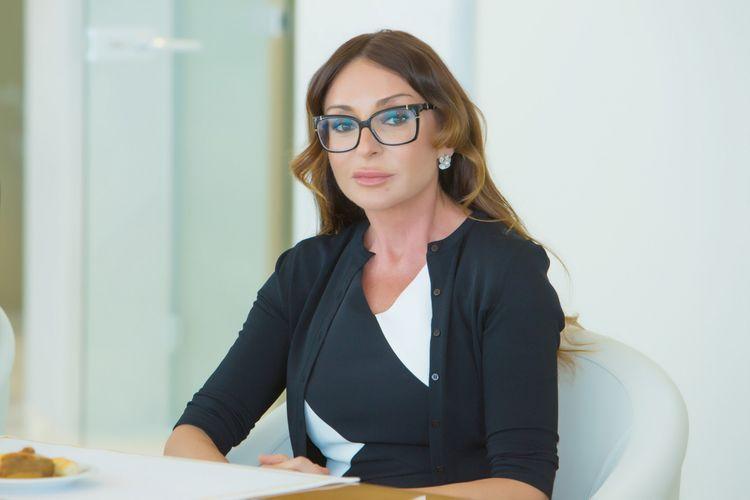 """Mehriban Əliyeva: """"Dünya ictimaiyyətini Ermənistanın müharibə cinayətlərini qınamağa çağırıram"""""""