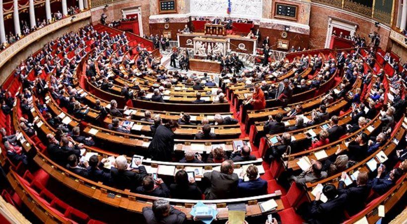 """Fransalı deputat: """"Hökumətin qondarma """"DQR""""-in tanınması ilə bağlı qətnamələrə veto qoymaq hüququ var"""""""