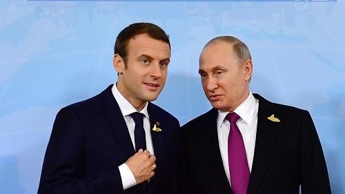 """""""Kommersant"""":  Kimlərsə qəsdən Putinlə Makronun arasını vurur"""