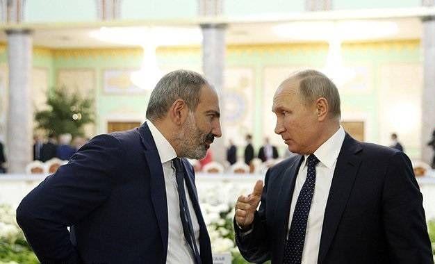 Paşinyan: Bir saatda iki dəfə Putinə zəng edərək onunla Qarabağı müzakirə etdim