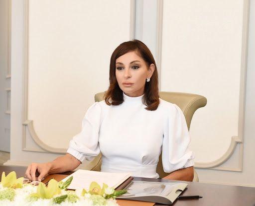 Mehriban Əliyeva: Ümummilli lider Heydər Əliyevin unudulmaz xatirəsini ehtiramla yad edirəm