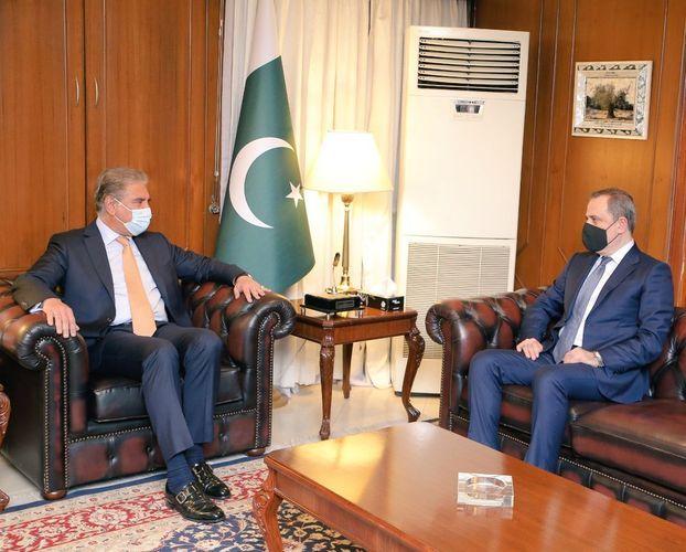 Azərbaycan və Pakistan XİN başçıları görüşüb