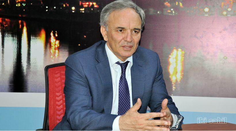 Əflatun Amaşov intihar, media və ictimai motiv məsələlərindən yazdı