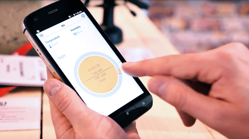 Koronavirusu smartfonla test edən aparat ixtira edildi - YENİLİK