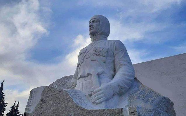 Qaregin Nijdenin Xocavənddəki heykəli sökülür