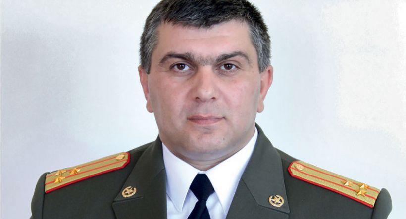 Ermənistanda daha bir yüksək rütbəli zabit Paşinyanın istefasını tələb etdi