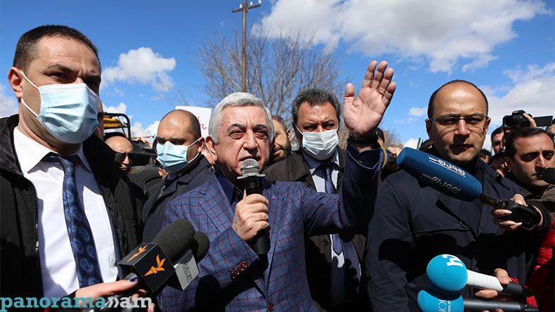 """Koçaryandan sonra, Sarkisyan da -  """"Köhnə rejim"""" Paşinyandan qisasa tam köklənmiş görünür"""