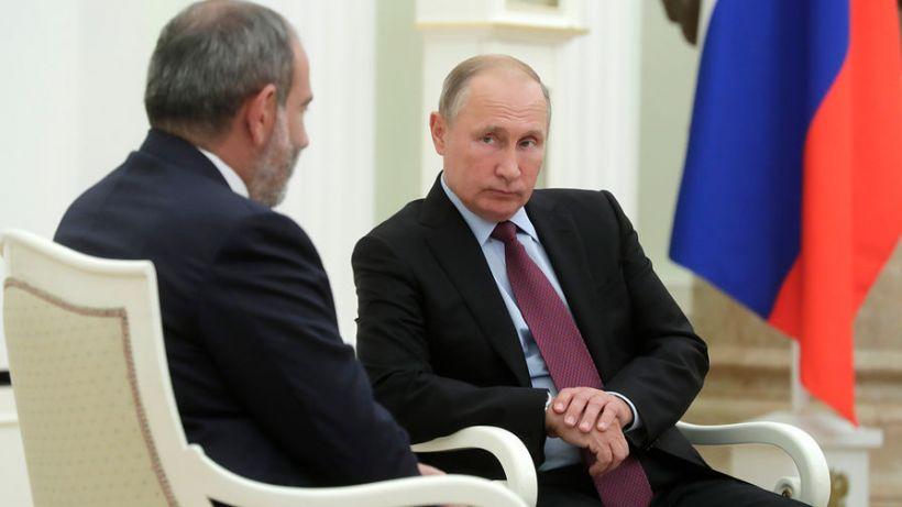 """Putindən Paşinyanla görüşlə bağlı açıqlama: """"...danışmaq üçün sözümüz var"""""""