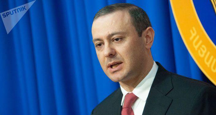 Ermənistan TŞ-nin katibi: Ermənistan Rusiyanın köməyilə güclü ordu formalaşdıracaq