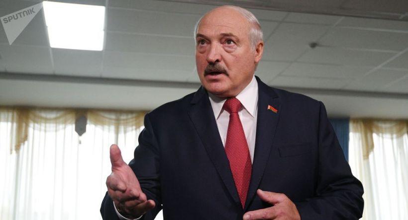 Aleksandr Lukaşenkodan növbədənkənar prezident seçkiləri ilə bağlı ŞƏRT