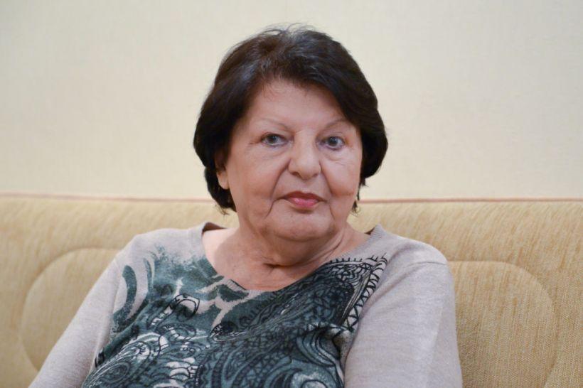 Tanınmış jurnalist Svetlana Nəcəfova vəfat edib -  Mətbuat Şurası nekroloq yayıb