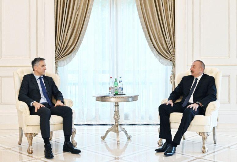 """Prezident İlham Əliyev """"Signify"""" şirkətinin baş icraçı direktorunu qəbul edib"""