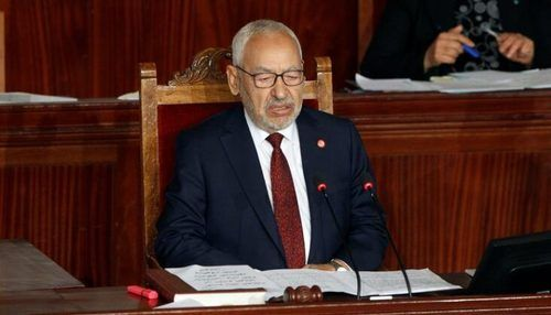 Prezident parlamentin fəaliyyətini dayandırdı, spiker oturaq aksiyaya başladı