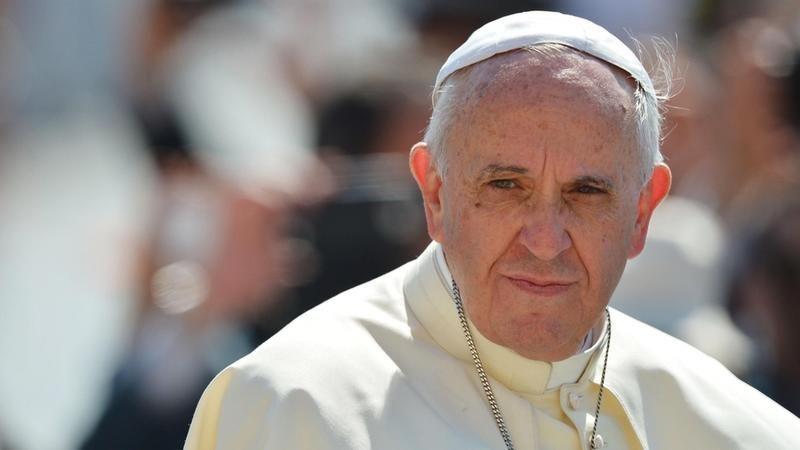 Roma papası dünyadakı aclığa rəğmən artıq qida istehsalını cinayət adlandırıb