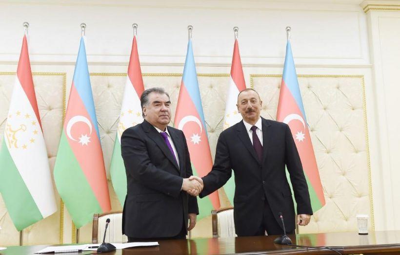 Prezident İlham Əliyev Tacikistan prezidentini müstəqillik günü ilə bağlı təbrik edib