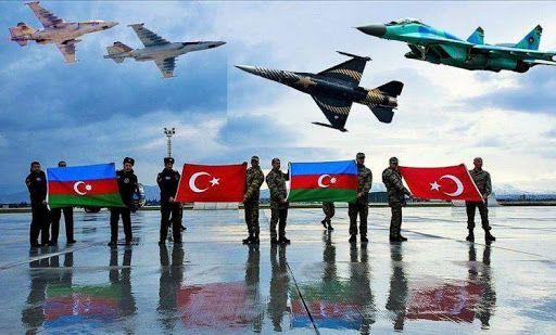 Türkiyə və Azərbaycan qırıcılarının İstanbul boğazı üzərində uçuşu olub
