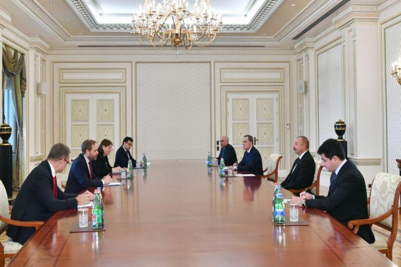 Prezident İlham Əliyev Çex Respublikasının xarici işlər nazirini qəbul edib