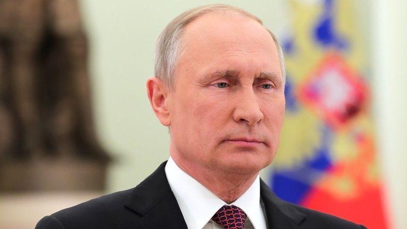 """Putin: """"ABŞ dollardan sanksiya aləti kimi istifadə etməklə çox böyük səhv edir"""""""
