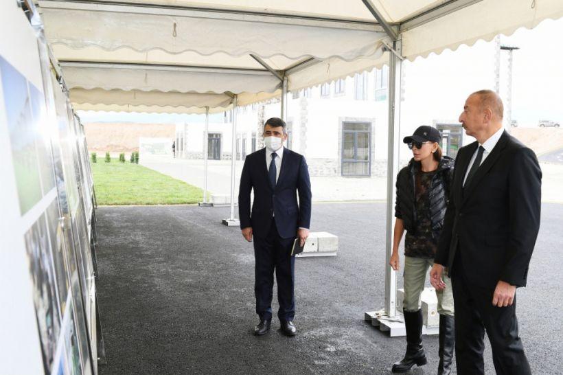 """Prezident və birinci xanım Zəngilanda """"Ağıllı kənd"""" layihəsi çərçivəsində görülən işlərlə tanış olublar"""